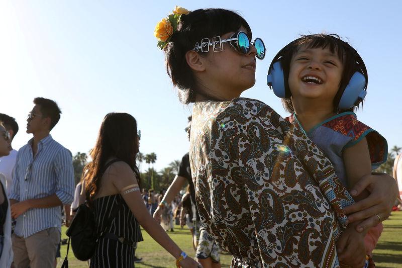 © Reuters. Público no festival de música Coachella, Califórnia