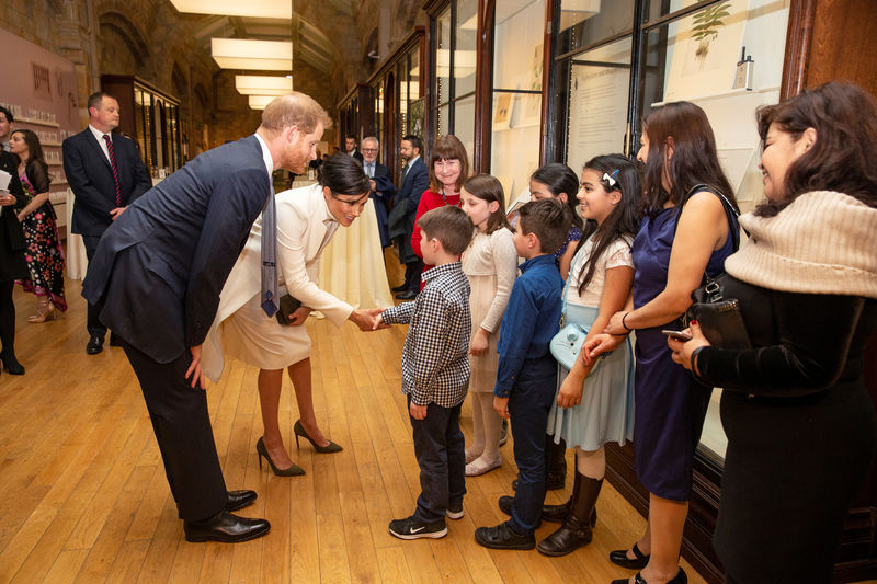 © Reuters. Britain's Prince Harry, Duke of Sussex and Meghan, Duchess of Sussex visit the Natural History Museum in London