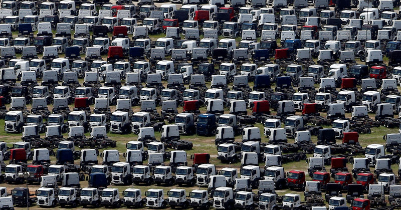© Reuters. FILE PHOTO: New Ford trucks are seen at a parking lot of the Ford factory in Sao Bernardo do Campo