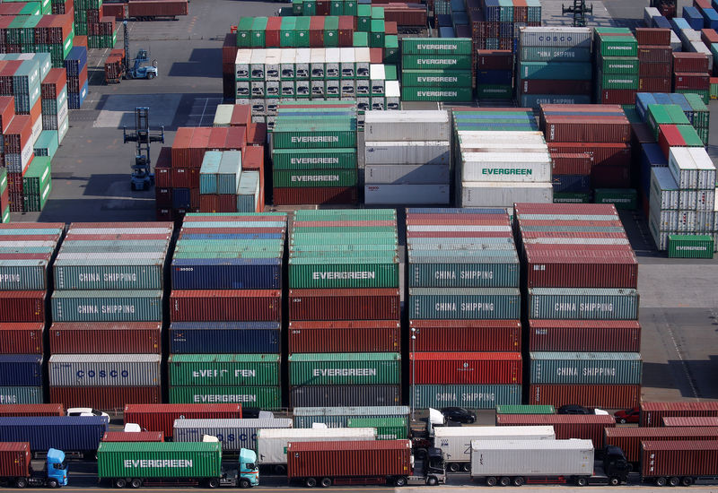 Japan January exports fall 8.4 percent year-on-year: MOF
