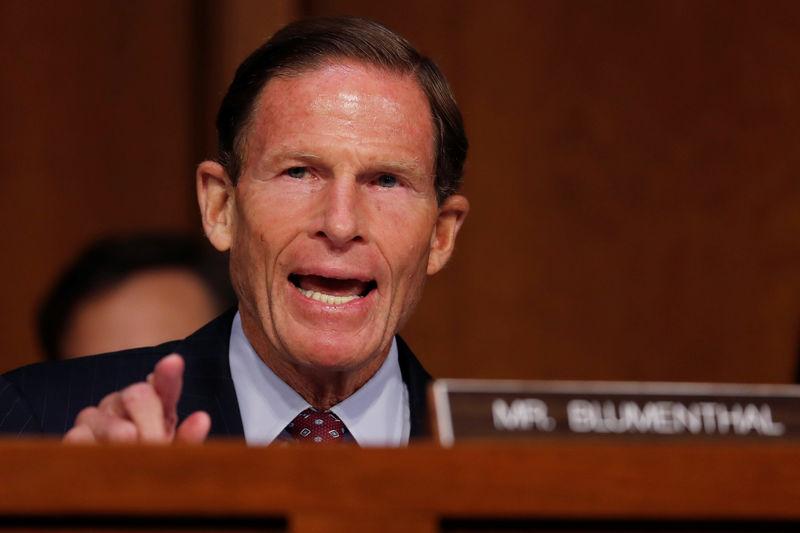 美国参议员希望对军事基地的地主进行刑事调查