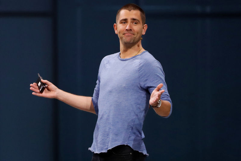 © Reuters. FILE PHOTO: Facebook Chief Product Officer Chris Cox speaks at Facebook Inc's annual F8 developers conference in San Jose