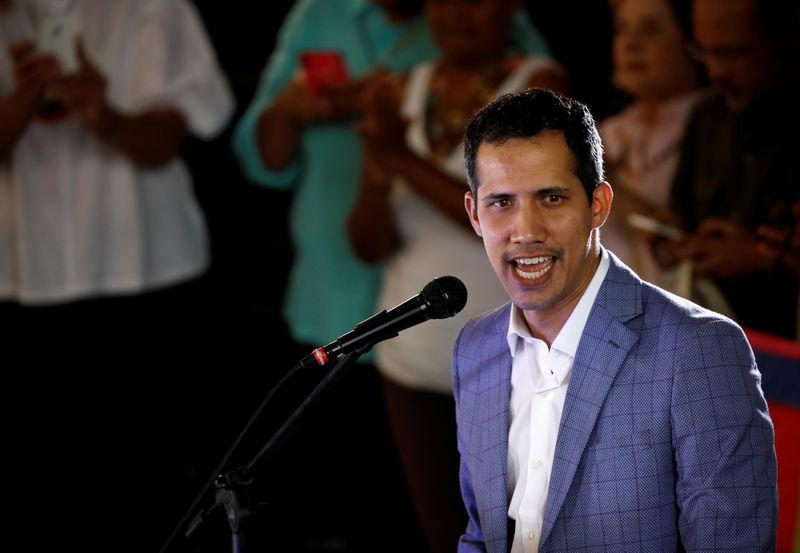 © Reuters. Presidente autoproclamado da Venezuela, Juan Guaidó, durante protesto em Caracas