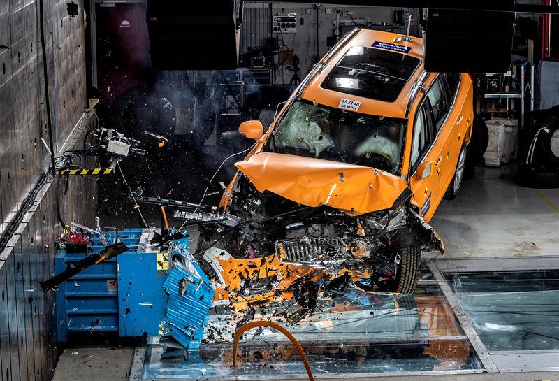 沃尔沃增加车载传感器以防止酒后驾车