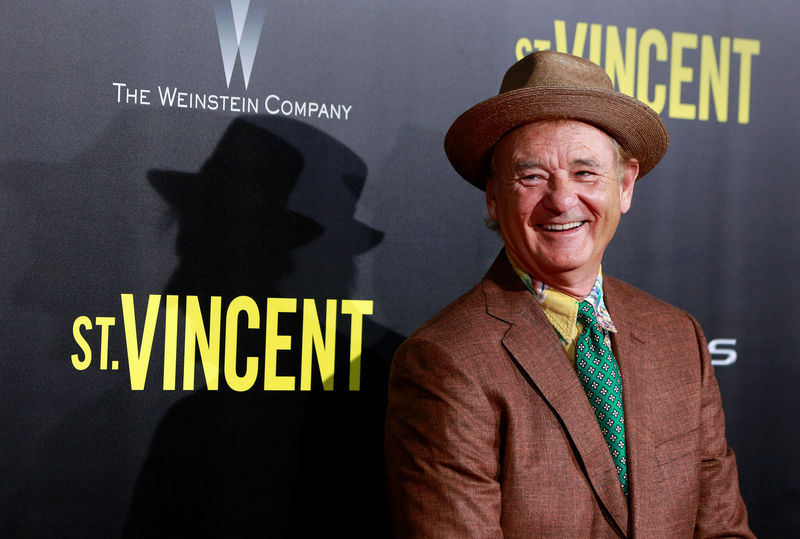 © Reuters. FILE PHOTO: Cast member Bill Murray arrives for the premiere of the film