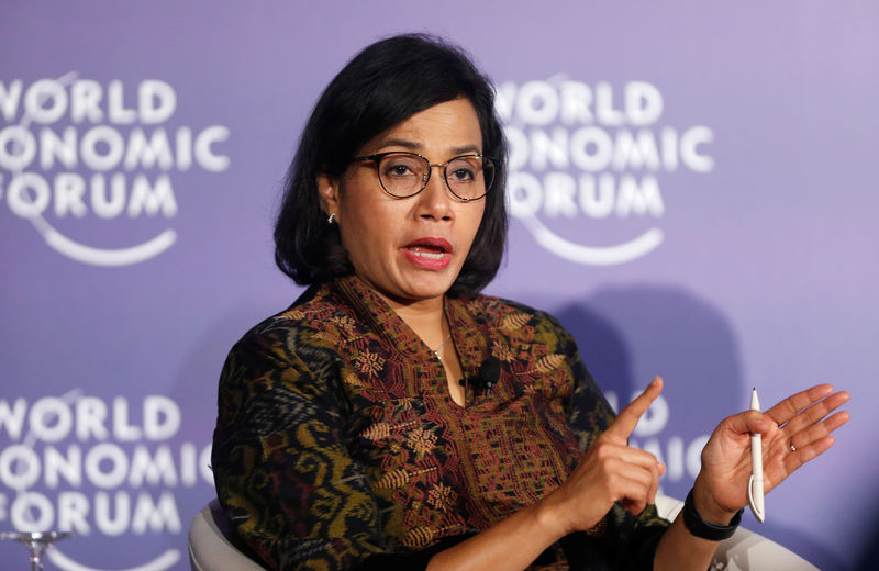 © Reuters. FILE PHOTO: Indonesian Finance Minister Sri Mulyani Indrawati attends World Economic Forum on ASEAN at the Convention Center in Hanoi