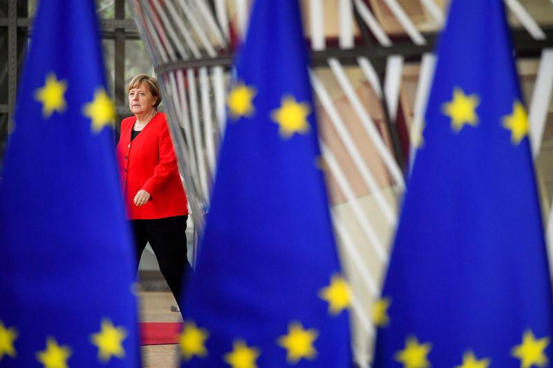 "Merkel mahnt ""behutsame"" Verhandlungen in heißer Brexit-Phase an"
