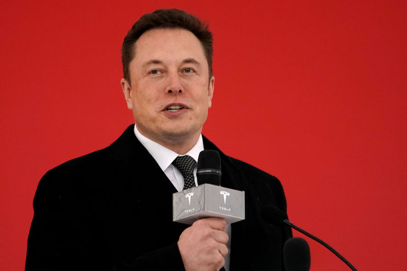 Musk's lawyers call tweet in U.S. SEC's contempt bid 'not material'