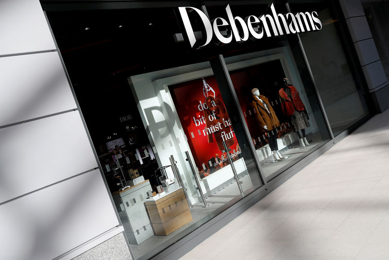 © Reuters. FILE PHOTO: New Debenham department store in a Watford mall