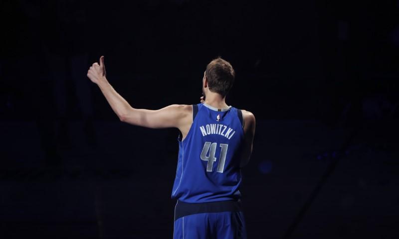 © Reuters. NBA: Phoenix Suns at Dallas Mavericks