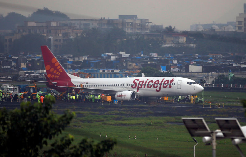 India's SpiceJet to lease 16 Boeing 737s to fill gap as groundings push up fares