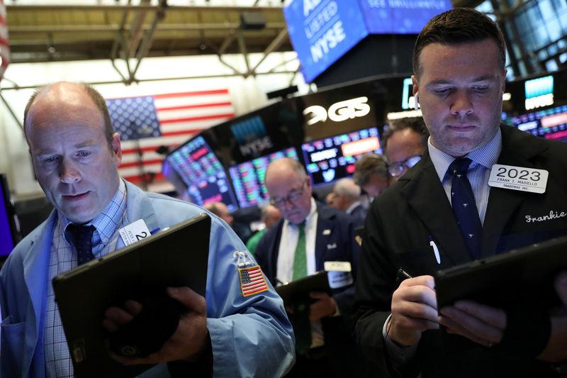 S&P 500 closes near record high as earnings season begins in earnest