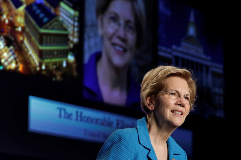 © Reuters. Senator Elizabeth Warren speaks at NABTU legislative conference in Washington