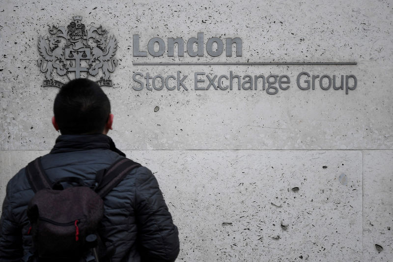 FTSE 100 hits six-month high, led by oil majors; Thomas Cook gains