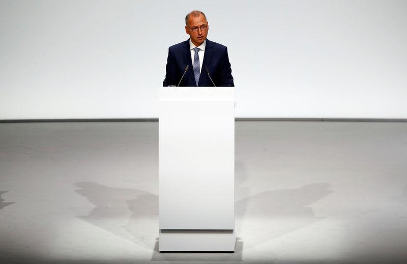 Shareholders rebuke Bayer bosses over Monsanto-linked stock rout