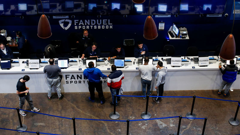 FanDuel first to stream live games in sports betting app in U.S.