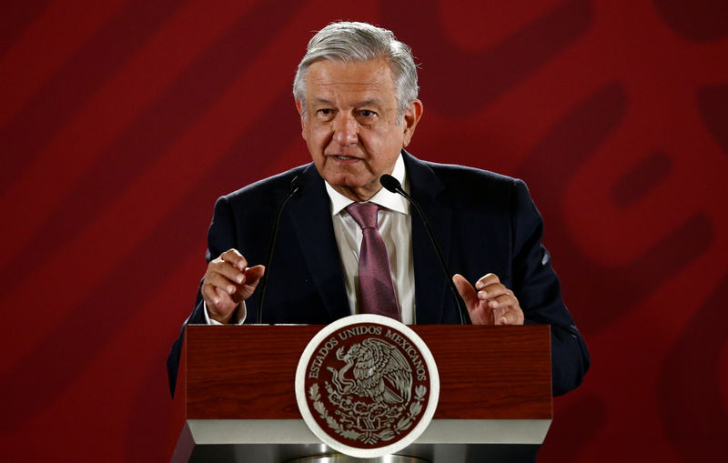 © Reuters. Mexico's President Obrador speaks during a news conference in Mexico City