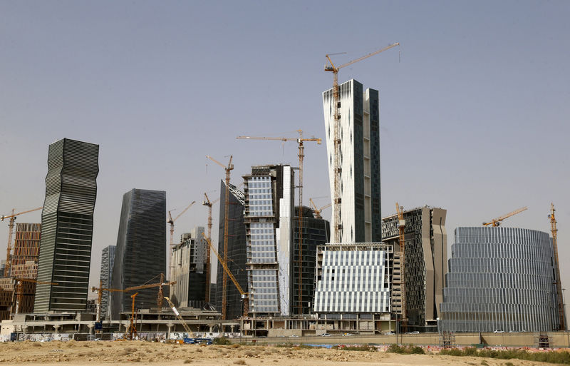 © Reuters. View shows the construction of the King Abdullah Financial District, in Riyadh