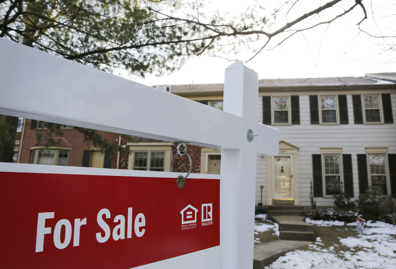 U.S. housing starts beat expectations; supply constraints remain