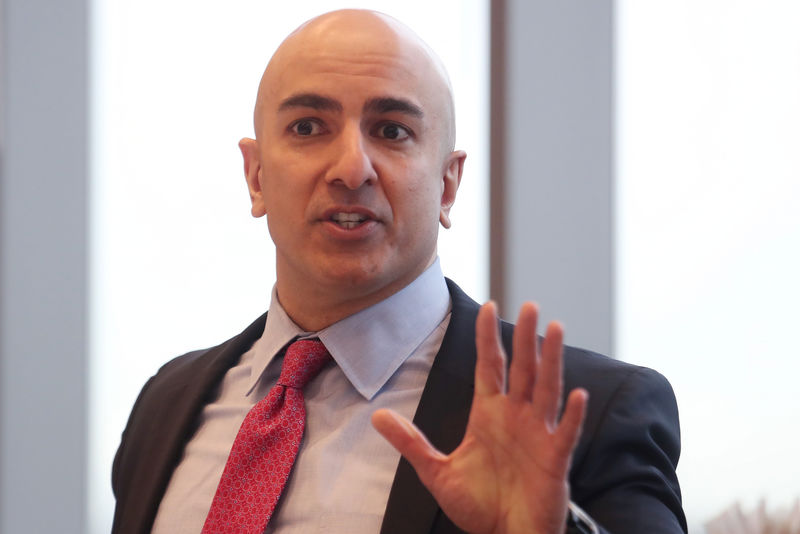 © Reuters. FILE PHOTO: President of the Federal Reserve Bank on Minneapolis Neel Kashkari speaks during an interview in New York