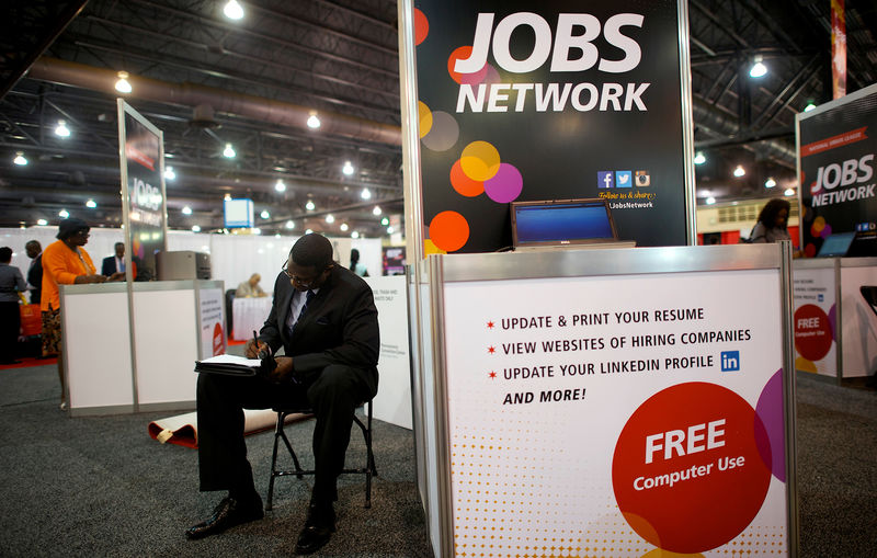 Tight U.S. job market not attracting new people to the labour force - paper