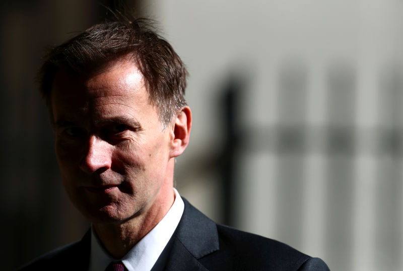 © Reuters. Britain's Foreign Secretary Jeremy Hunt is seen outside Downing Street in London