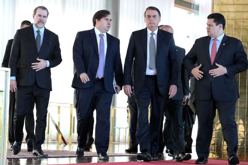 Resultado de imagem para Planalto, Congresso e STF preparam pacto por crescimento
