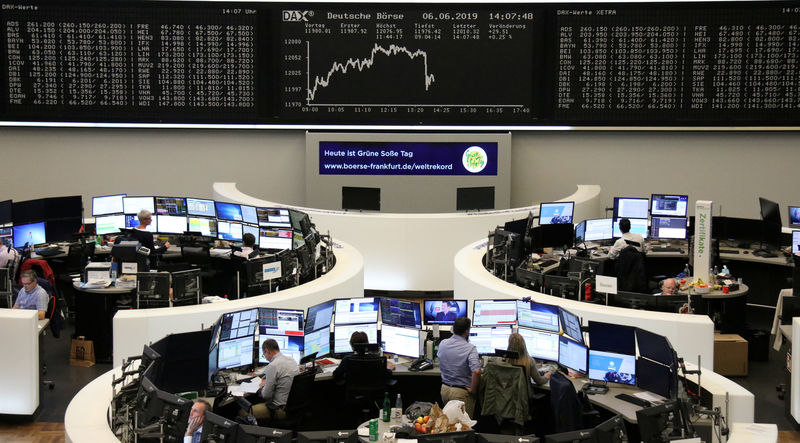 © Reuters. The German stock price index, the DAX chart on the Frankfurt stock exchange