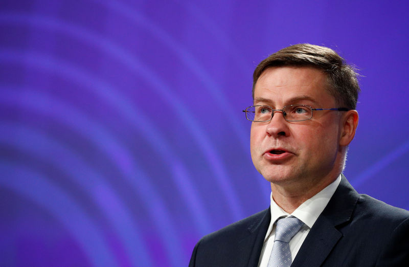 © Reuters. EU Commission Vice-President Dombrovskis holds a news conference in Brussels