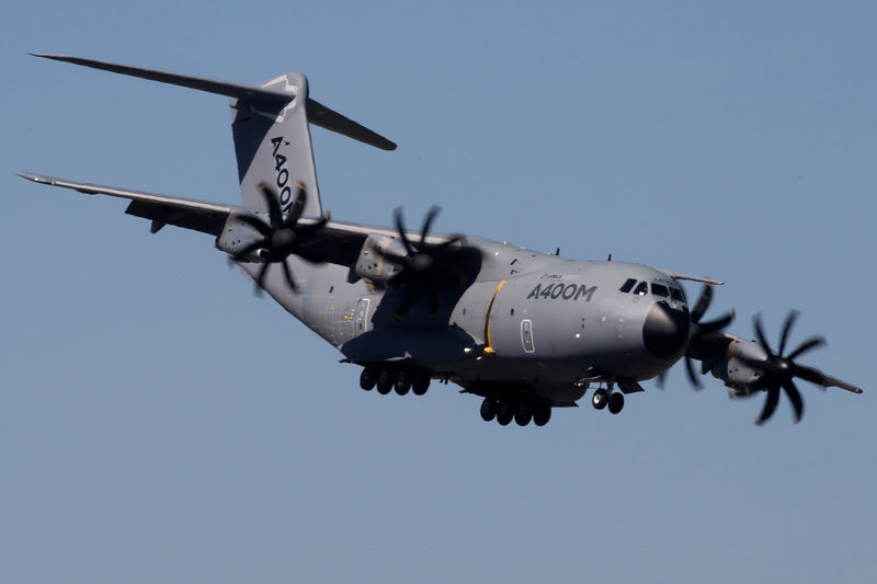 Airbus agrees new contract for delayed A400M military transporter