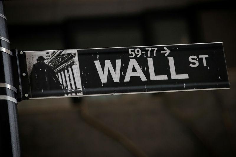 Investors most bearish on global stocks since 2009: BAML survey