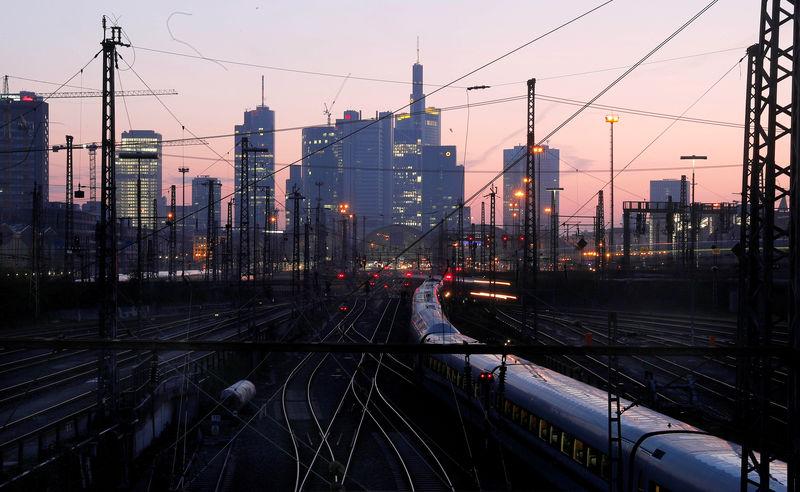German investor morale drops on weak data, headwinds from abroad - ZEW