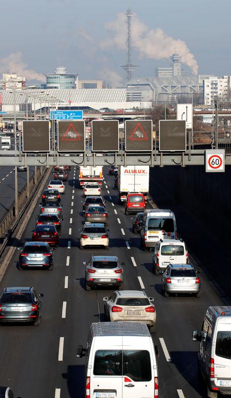 Scheuer schließt neuen Anlauf für PKW-Maut nicht aus