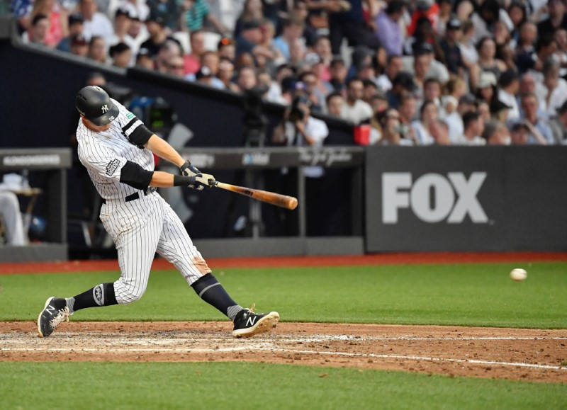 © Reuters. MLB: New York Yankees at Boston Red Sox
