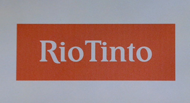 © Reuters. The Rio Tinto mining company's logo is photographed at their annual general meeting in Sydney