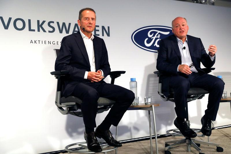 Ford e VW estendono alleanza a auto elettriche e a guida autonoma