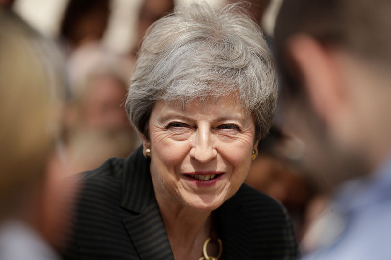 PM May - Keep talking to businesses as Brexit nears