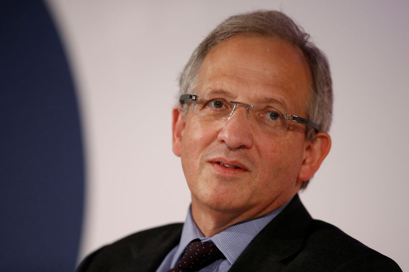BoE's Cunliffe says no strong sense of contraction in UK economy By Re