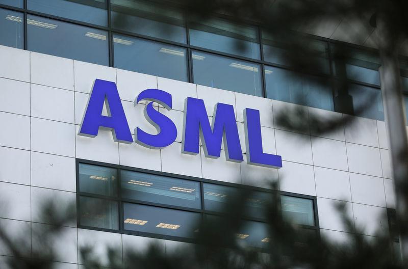 ASML's second quarter profit margin tops estimates, maintains full year outlook