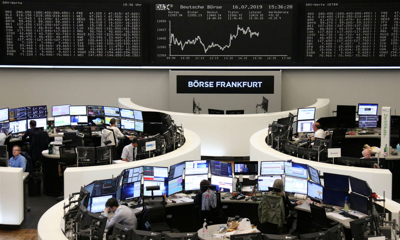 European shares flat after mixed corporate results