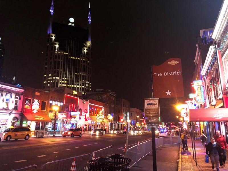 As 'superstar' cities keep winning, worrisome U.S. divide widens By Re