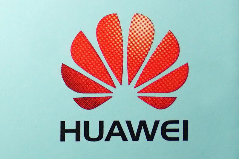 White House to host meeting with tech executives on Huawei ban - source