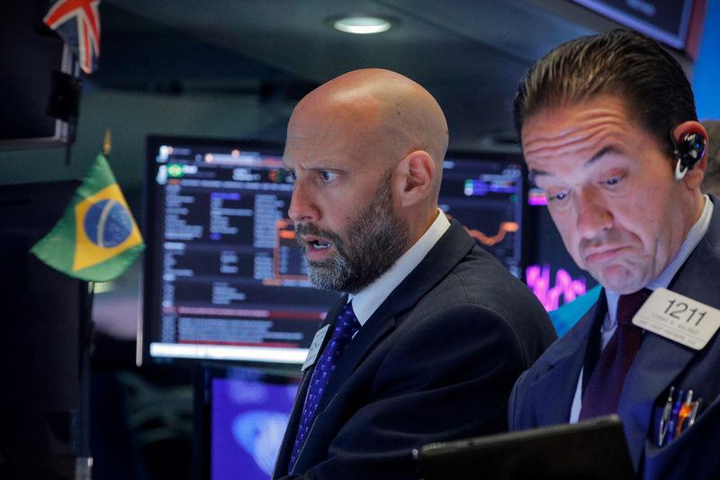 Negative U.S. bond yields may become reality: PIMCO
