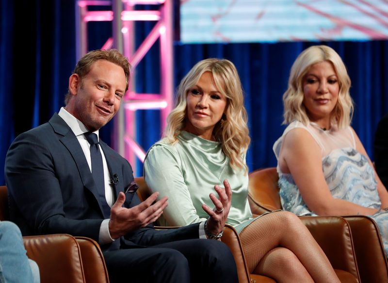 'Beverly Hills, 90210' cast promises 'drama, comedy and soap' in TV re