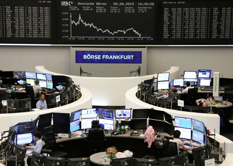 European shares edge higher as investors tread lightly