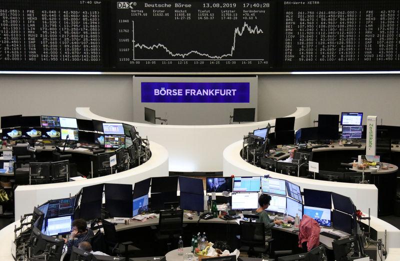 European shares dip as shrinking German economy stokes slowdown fears
