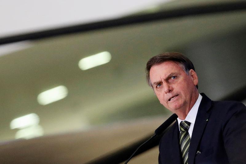 © Reuters. Presidente Jair Bolsonaro no Palácio do Planalto