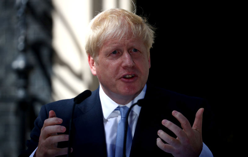 © Reuters. FILE PHOTO: Britain's Prime Minister Boris Johnson delivers a speech outside Downing Street in London