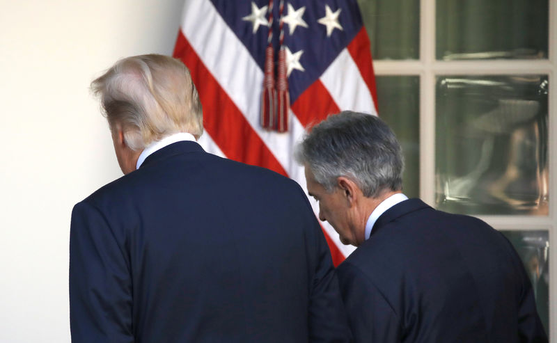 © Reuters. FILE PHOTO: U.S. President Donald Trump leaves the Rose Garden with Jerome Powell, his nominee to become chairman of the U.S. Federal Reserve at the White House in Washington