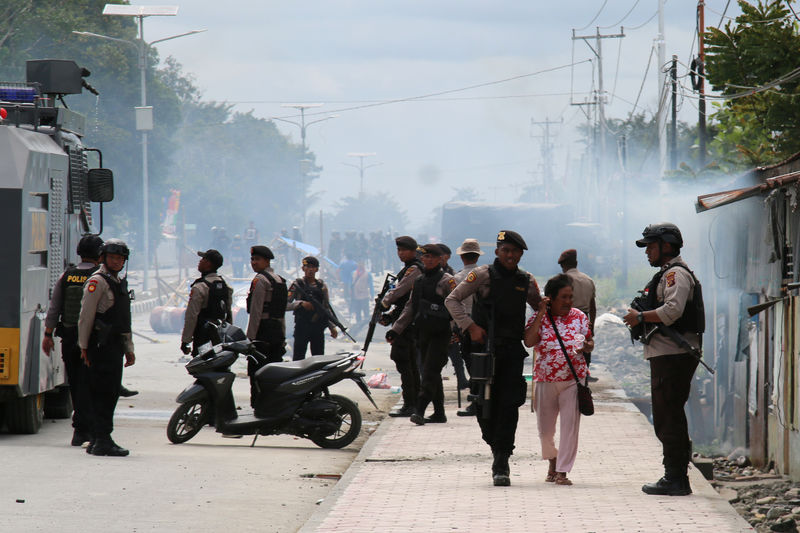 Fresh protests in Indonesia's Papua as extra police arrive
